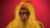 Билл Гейтс снялся в ролике в костюме цыпленка