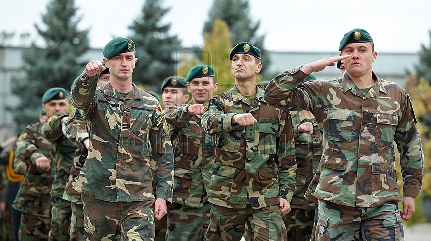 картинка мужика военного нас нет скрытых
