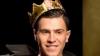 Украинец выбежал на подиум недели моды в Нью-Йорке в трусах и короне (ВИДЕО)