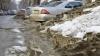 Тонны грязного и полного мусором снега стали поводом для шуток (ФОТО)