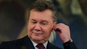 Янукович попросил власти РФ о защите, в России согласились
