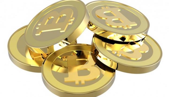 Курс виртуальной валюты биткоин рухнул в девять раз