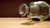Полиция прикрыла производство контрафактного алкоголя на дому (ВИДЕО)