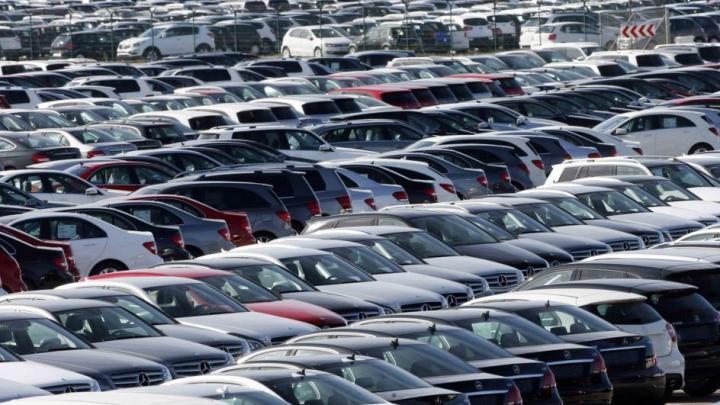 Италия распродает чиновничий автопарк на eBay: BMW дешевле $20 тысяч