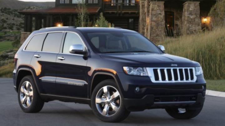 Chrysler отзывает 25 250 вседорожников из-за неполадок в тормозной системе