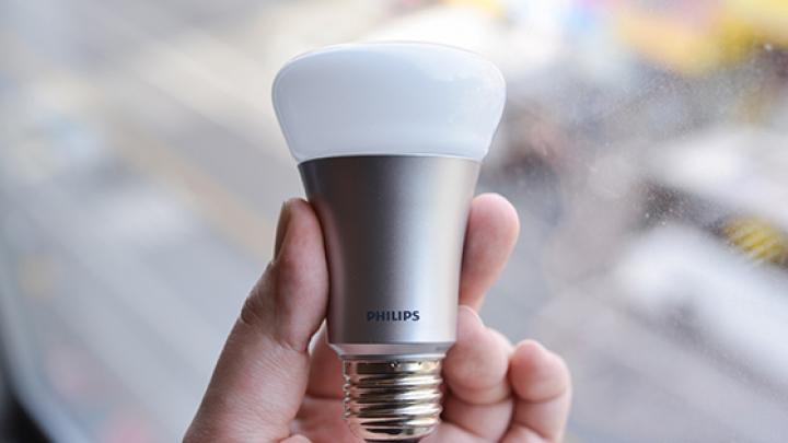 "Samsung Electronics представит ""умную"" лампу на базе светодиодов"