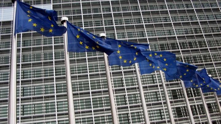 Еврокомиссия: У ЕС нет оснований для перехода к третьей стадии санкций против РФ