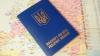 Киевляне массово оформляют загранпаспорта