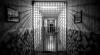 Заключенный тюрьмы в Прункуле сбежал, сбил пешехода и вернулся в камеру
