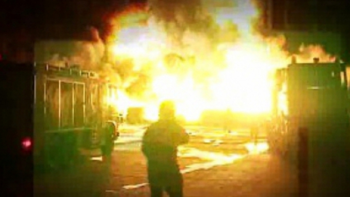 Взрыв во Флорештах: разрушена крыша дома и разбиты окна