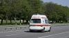Двое подростков госпитализированы в тяжелом состоянии после того, как их сбила машина скорой помощи