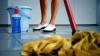 В России уборщица ограбила банк при помощи швабры и мусорного пакета