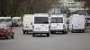 Более 100 водителей маршруток пикетировали здание столичной мэрии