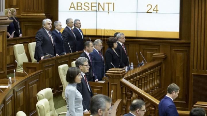 Депутаты - прогульщики: Топ самых недисциплинированных народных избранников