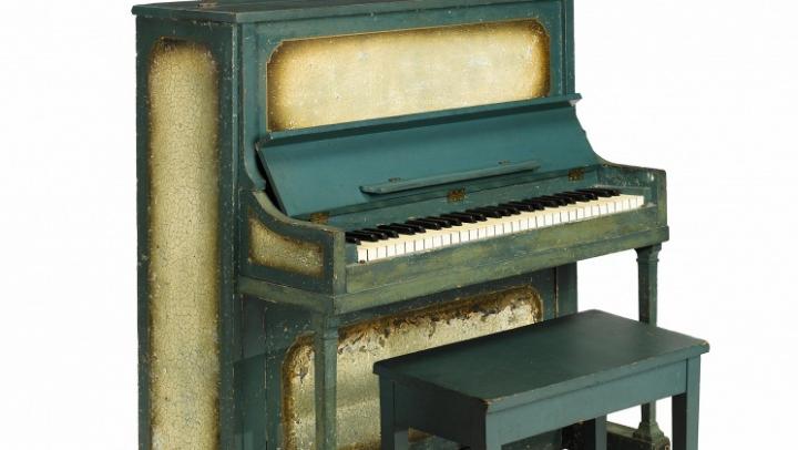 """Bonham`s выставляет на торги в Нью-Йорке пианино из легендарного фильма """"Касабланка"""""""