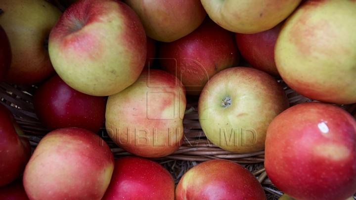 Россия предупреждает, что может закрыть рынок для некоторых фруктов из Молдовы