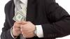 Зарплаты некоторых чиновников Левобережья достигают нескольких тысяч долларов в месяц