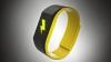 В США создали браслет, который бьет его владельца током