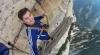 Опасное селфи на высоте более 2000 метров без страховки (ВИДЕО)