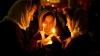 У митрополии группа христиан молилась об успешном окончании заседания
