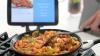 """""""Умная"""" сковорода поможет начинающему повару избежать проблем при готовке (ВИДЕО)"""
