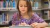 (ВИДЕО) Подросток украл планшет у 10-летней девочки