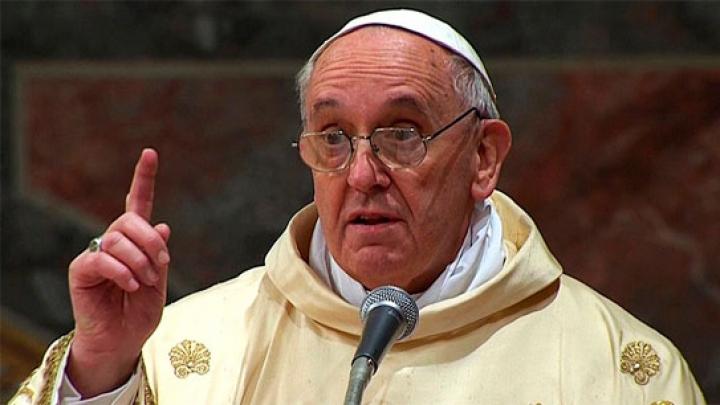 Папа Римский отстранил от должности покрывавшего педофила епископа