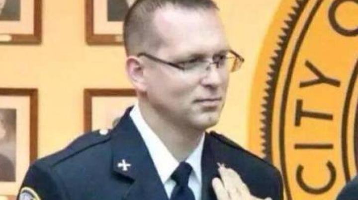 Пожарный умер от ожогов, облившись ледяной водой для Ice Bucket Challenge