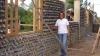 Колумбийские архитекторы строят дома из пластиковых бутылок