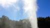 """""""Гейзер"""" в Кишиневе: из-за сломанной трубы сотни кубометров горячей воды затопили улицу"""