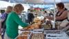 Жители столицы закупают продукты ко Дню города