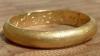 Золотое кольцо с выгравированным на нем сообщением обнаружено в Великобритании