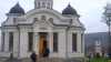Сотни верующих пришли в монастырь Курки, чтобы принять участие в освящении собора Рождества Пресвятой Богородицы