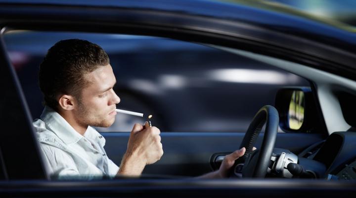 Американец переехал сам себя из-за сигареты