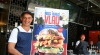 Жителей Брисбена угостили «путинским» гамбургером