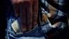 Директор автошколы на севере страны задержан за превышение полномочий
