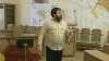 Осада мэрии продолжается: зал заседаний окропили святой водой (ВИДЕО)