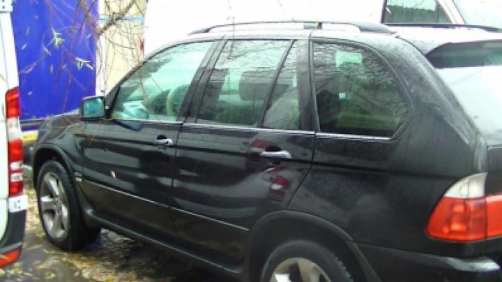 Гражданин Молдовы пытался перевезти в Италию контрабандные сигареты в элитном авто (ФОТО/ВИДЕО)