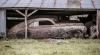(ФОТО) Франция: в старом амбаре под слоем пыли и грязи обнаружили около 100 легендарных винтажных автомобилей