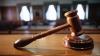 Судья из Криулян и адвокат, приговоренные к лишению свободы, пытаются оправдаться, находясь в бегах
