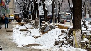 Рабочие Exdrupo всю ночь расчищали столичные улицы от снега