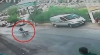 В Турции мужчина спас ребенка, остановив у обрыва катившуюся со склона коляску (ВИДЕО)