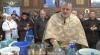Десятки верующих пришли набрать святой воды в столичный Собор Святой Феодоры из Сихлы