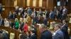 Лидеры проевропейских партий говорят, что не уйдут на каникулы, чтобы продолжить переговоры о создании правящей коалиции