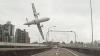 Итоги крушения пассажирского авиалайнера в Тайване: 32 человека погибли, 11 пропали без вести