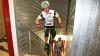 Поляк преодолел 3139 ступенек небоскреба на велосипеде