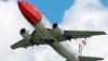 Пилотам норвежской авиакомпании запретят оставаться одним в кабине