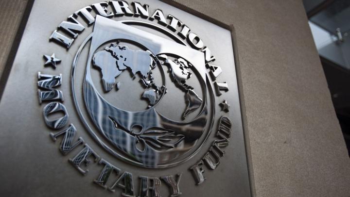 Яценюк: Украина не сможет использовать транш МВФ на социальные нужды