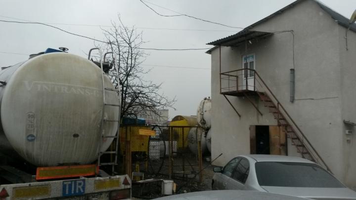 Никто даже внимания не обращал: что нашли полицейские в Яловенах (ФОТО/ВИДЕО)