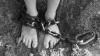 В российском Орле задержаны родители, державшие своих малолетних детей на привязи